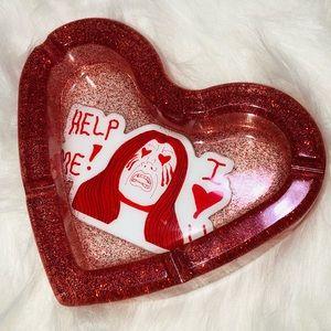 🔥 Help Me! I ❤️ U Ashtray